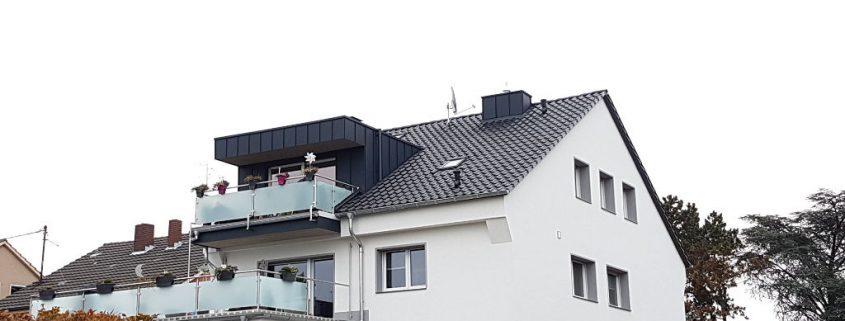 Dachsanierung Gaube mit Stehfalz